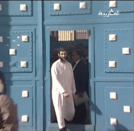kassim leaves the Kenitra's jail, 14.04.2011